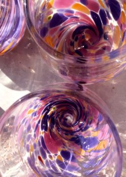 Art glass tableware by Gerry Reilly -23
