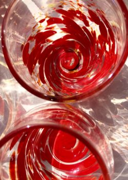 Art glass tableware by Gerry Reilly -24
