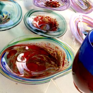 Art glass tableware by Gerry Reilly -27